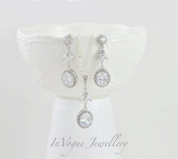 Silver Crystal Wedding Bridesmaid Brides Dangle Earrings
